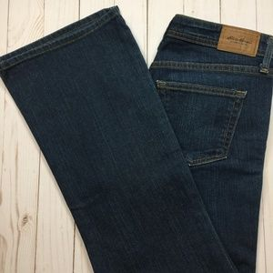 EDDIE BAUER Relaxed Fit Bootcut Jeans 2 Short EUC